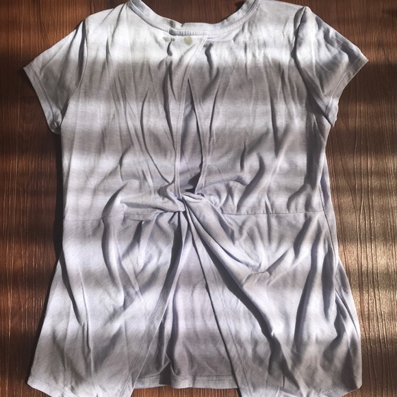 Yogalicious small purple short sleeve t shirt ed4c87fd3